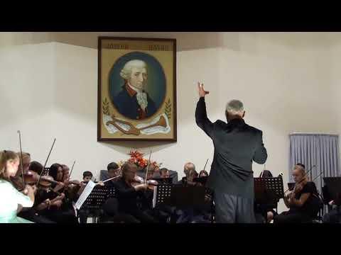 Й.  Гайдн -  Симфония № 82 -  симфонический оркестр музык. школы им, Й  Гайдна