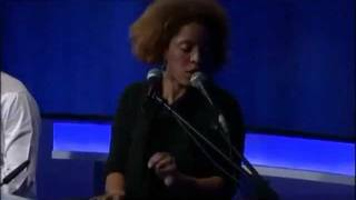 Martina Topley-Bird - Ilya (Canal 9 2010)