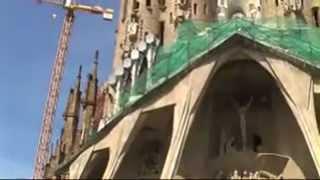 Собор Святого Семейства. La Sagrada Familia(Barcelona. Барселона. Собор Святого Семейства., 2009-02-22T16:18:21.000Z)