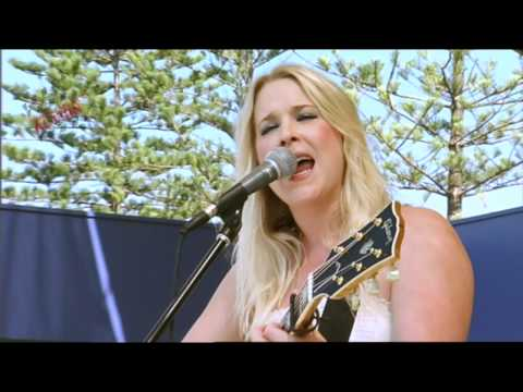 My Town Central Coast Country Music Festival 2011-CATHERINE BRITT-Too Far Gone