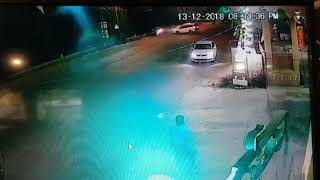 Live accident - WagonR and Xuv crash