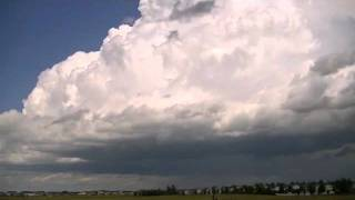 Timelapse of thunderstorm developing