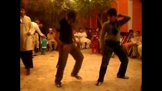Peshawar Dj program Kamran dance with faraz Dilnashein - YouTube.flv