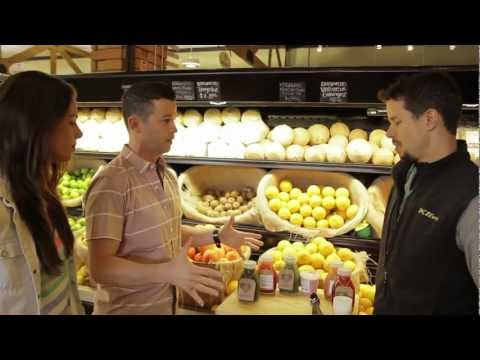 Erewhon Natural's Organic Juice Tasting and Salad Bar