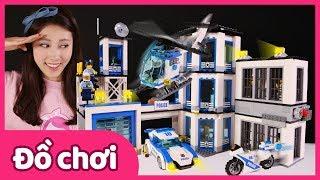 Bộ đồ chơi xếp hình trụ sở cảnh sát Lego City   Carrie và những người bạn đồ chơi