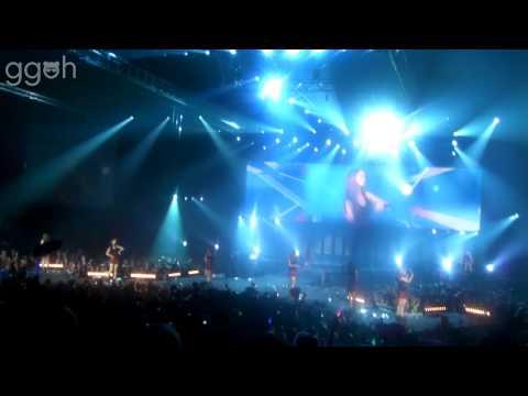 [HD/FANCAM] SNSD    HaHaHa + Himnae - SMTown Live '11 (Paris)