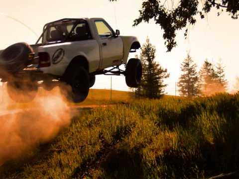 long travel Ford Ranger - YouTube