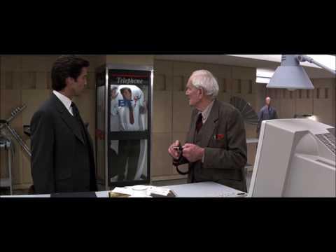 Goldeneye  1995  ,  James Bond,   Q   Scene ,  Desmond Llewelyn