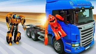 Трансформеры в видео для мальчиков - Бамблби и грузовик Десептиконов!
