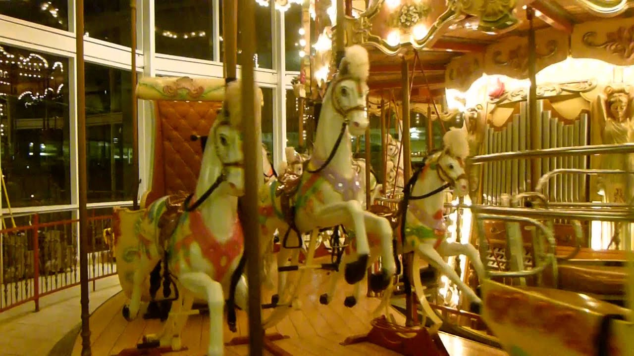 Replika Watch Touring The Danbury Fair Mall Carousel - Youtube
