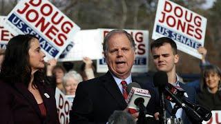 2017-12-13-11-04.US-Democrat-Doug-Jones-wins-Alabama-Senate-race-in-major-upset-blow-for-Trump