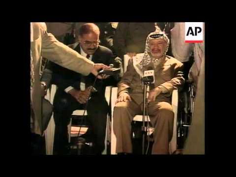 GAZA STRIP: SHEIKH AHMED YASSIN SIGNALS TENTATIVE TRUCE TO ISRAEL