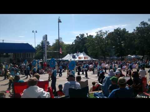 Wisconsin Dells High School band 2015 WZW parade