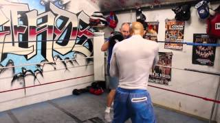 KRIS AGYEI DUA PAD WORKOUT WITH TRAINER JAMIE WILLIAMS AHEAD OF SOUTHERN AREA CLASH