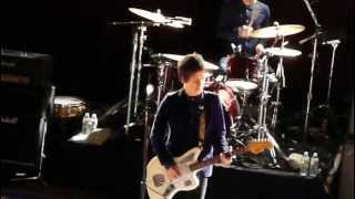 Johnny Marr - (Boston 5/4/13) There Is A Light That Never Goes Out
