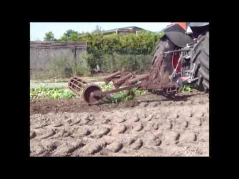 Bodenbearbeitung mit dem Tiefenlockerer