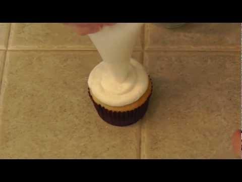 polka-dot-cupcakes
