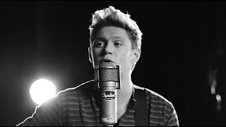 "Niall Horan Releases Solo Song ""This Town"""