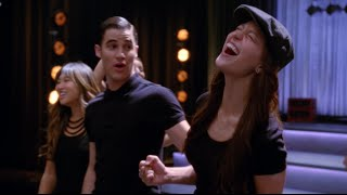 Video GLEE - Chasing Pavements (Full Performance) HD download MP3, 3GP, MP4, WEBM, AVI, FLV Mei 2018
