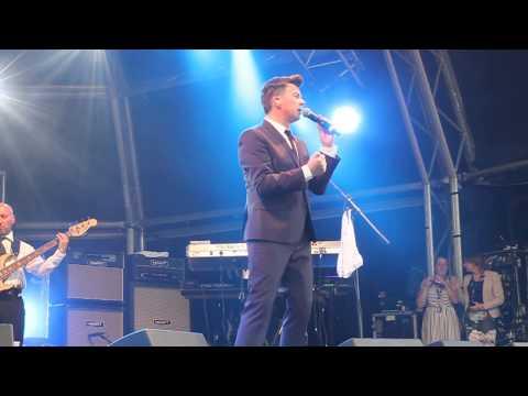 Rick Astley - Cry For Help - Ascot Dubai Duty Free Shergar Cup & Concert -  08-08-15