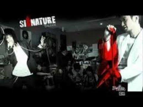 ความรักกับรองเท้า - SIGNATURE | MV Karaoke