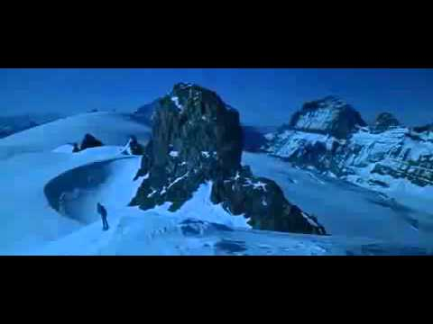 On Her Majesty`s Secret Service 1969   Ski chase