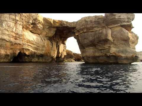 2014.10 Boat tour of Azure Window in Gozo