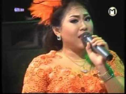 Mendhem Kangen Wiwik Sagita New Gita Bayu Live Padangan Menganti November 2015