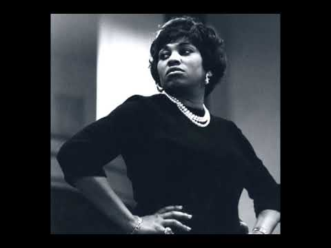 Leontyne Price sings Strauss arias (1963-1975)