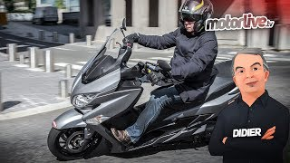 test exclusif yamaha xmax 400. Black Bedroom Furniture Sets. Home Design Ideas