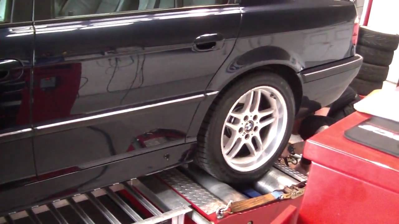bmw 728i e38 sport on dyno track in dublin hd 720p youtube. Black Bedroom Furniture Sets. Home Design Ideas