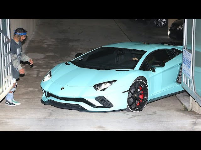 Justin Bieber Struggles To Drive His Lamborghini Aventador Out Of A Parking  Lot [Video]   News18