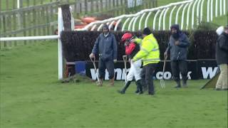 Wincanton 01-04-15 - Ferguson Fall - Racing UK