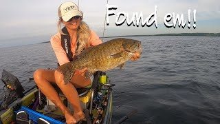 GIANT Mille Lacs BASS on TINY hair Jigs (Kayak Fishing the Big Pond)