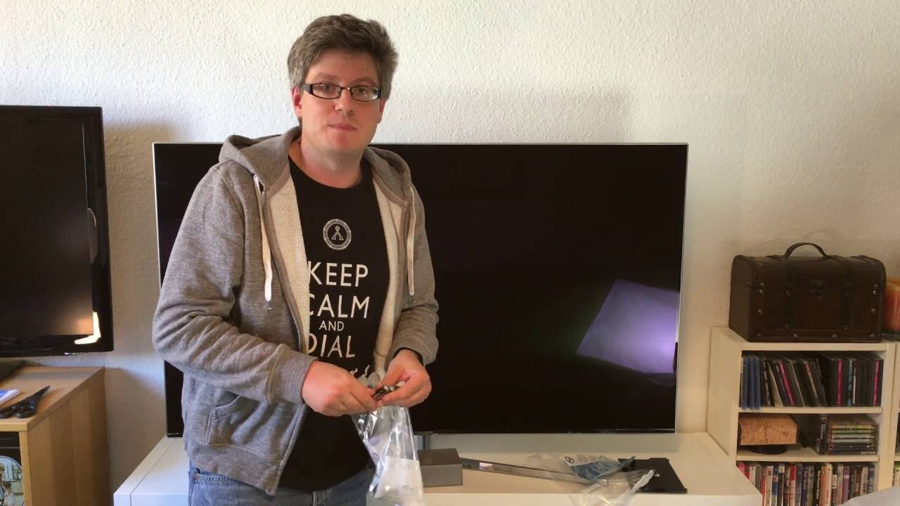samsung ks8090 4k suhd fernseher unboxing und montage youtube. Black Bedroom Furniture Sets. Home Design Ideas