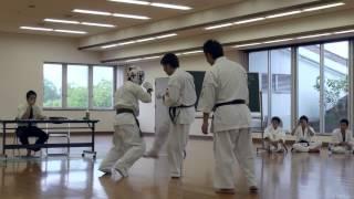 2014年8月24日に行われた、極真館京都支部の昇段審査会の藤井達也 10人...