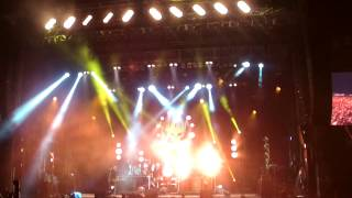 "The Offspring ""Pretty Fly (for a white guy)"" Live @ Donington Download Festival 2014"