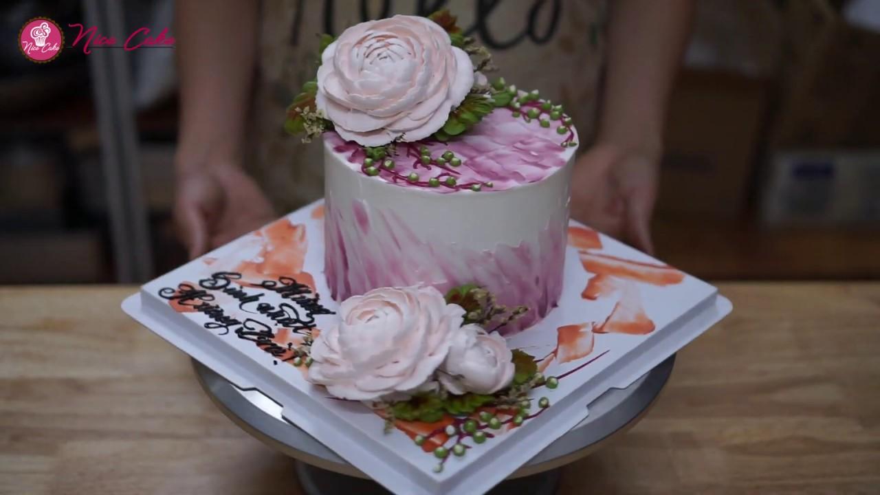 Bánh Sinh Nhật Trang Trí Hoa Trà Xinh Xắn – Decorate Cake With Camellia