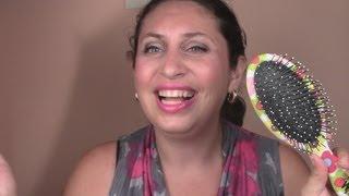 видео ВЛОГ. ШОК! Расческа застряла в волосах! Придется стричься! VLOG. SHOCK! Comb stuck in her hair!