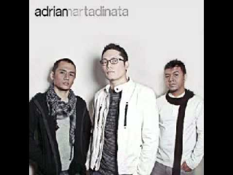 Adrian Martadinata - Cinta Sejati.WMV