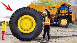 Senya and story about a big broken truck