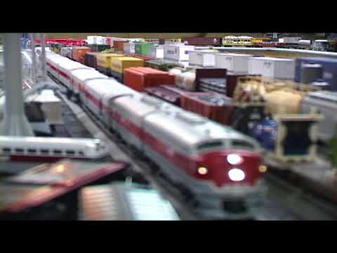 Gary Jackson, model trains & toy farm equipment - Fly/In Cruise/In
