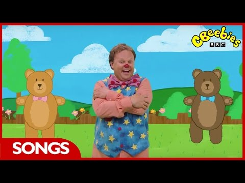 CBeebies: Something Special - Round and Round the Garden - Nursery Rhyme