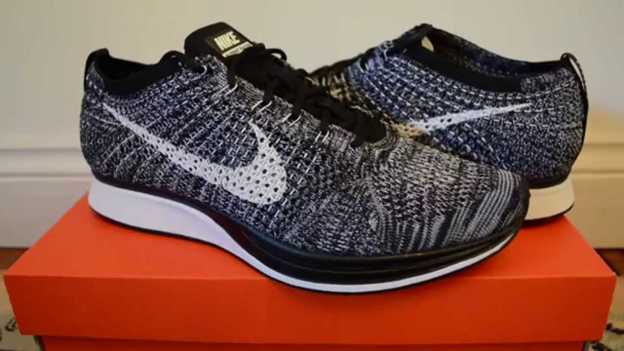 nike flyknit racer 2 0 39 oreo 39 review on feet youtube. Black Bedroom Furniture Sets. Home Design Ideas