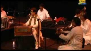 Des mein nikla hoga chand by Jagjit singh live in Sydney