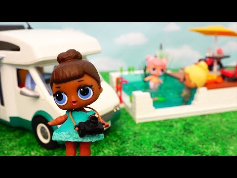 L.O.L. Surprise Dolls Go Camping in Playmobil Camper - Stories With Dolls and Toys