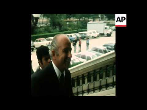 SYND 6 8 74 EGYPTIAN FOREIGN MINISTER MEETS FRENCH FOREIGN MINISTER IN PARIS
