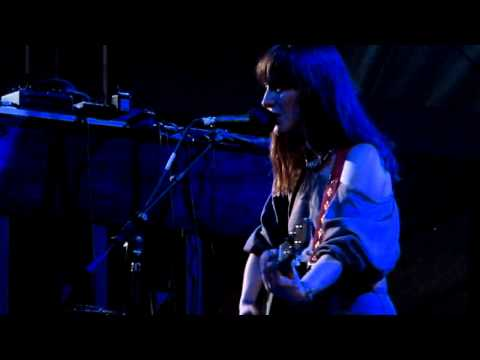 Feist: So Sorry (Live at Laneway Festival Singapore 2012)