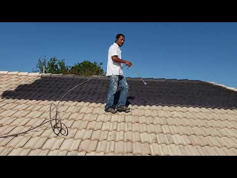 Painting the Roof Tile With Dark Color