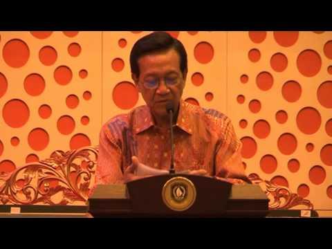 Halal Bihalal dengan Sri Sultan Hamengkubuwono X di Harris Hotel, Batam 14 September 2013